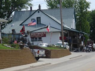 Breitbachs restaurant and tavern in balltown iowa
