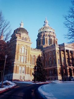 iowa state capitol in winter