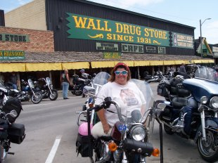 wall drug, wall south dakota