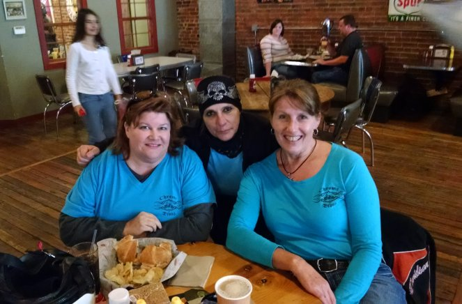 Janet, Val & Janet Enjoy Lunch in Oskaloosa | Biker Chick News