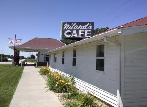 Niland's Cafe | Biker Chick News